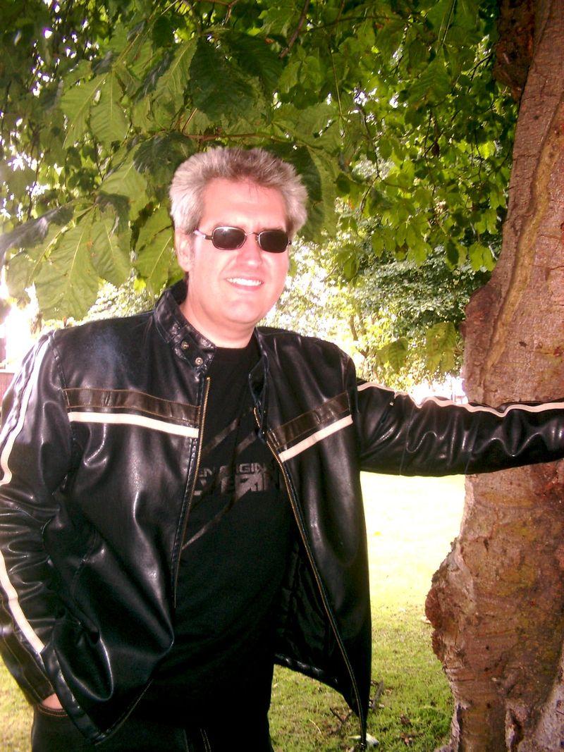 Paul Kane outside2