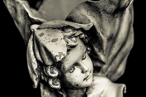 Little_Guardian_Angel_Statue