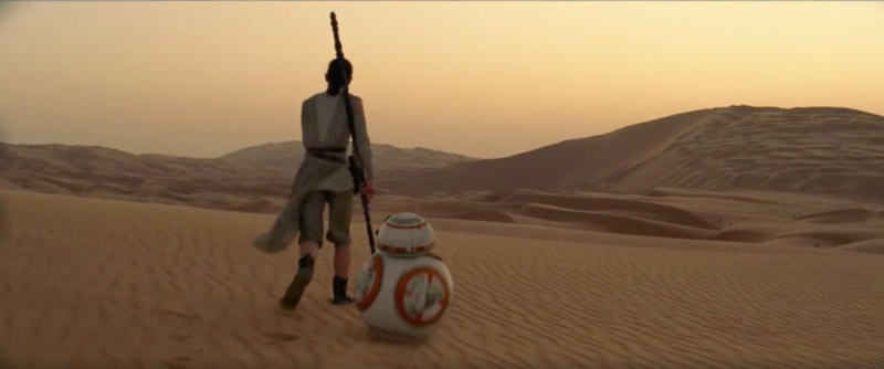 rey hanging with bb8
